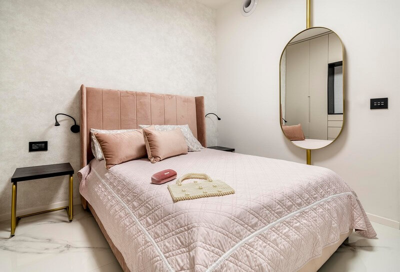 חדר שינה עם מפסקים חכמים מעוצבים